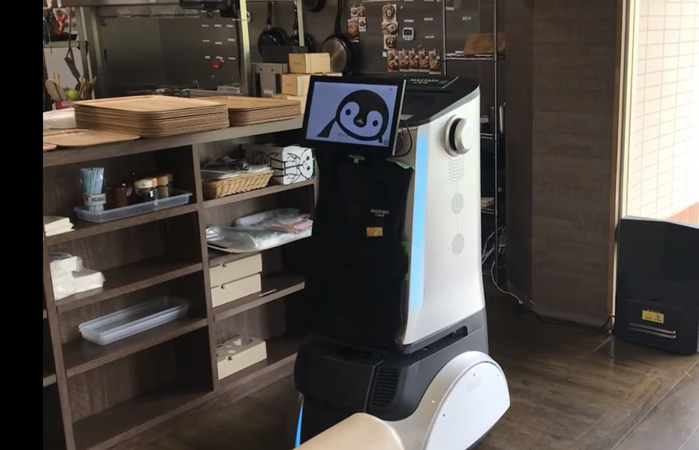 関西初!バイキング左近末広店で配膳ロボット導入!